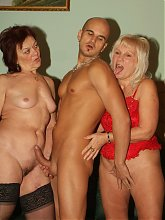 Lingerie clad grandmas Paula and Remy will test their sexual stamina as they go for a wild threesome live